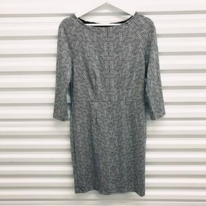 Limited Black White Zip 3/4 Sleeve Dress